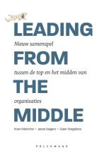 omslag boek Leading from the middle